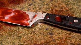طالب جامعي يطعن زميله بسكين لخلافات مالية في سوهاج