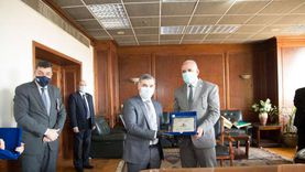 """وزير الري العراقي يبحث مع """"عبدالعاطي"""" الاستفادة من الخبرات المصرية"""