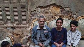 بعد 30 يوما من نشر قصتهم.. أسرة«أحمد» تحصل على شقة: أخيرا بقى لنا سكن