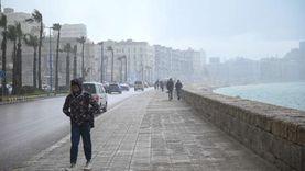 أمطار غزيرة بالإسكندرية في أول أيام «نوة السلوم» (صور)