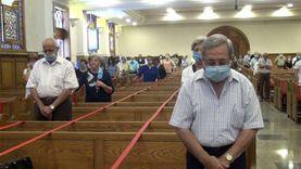 """في حضور رئيس الكنيسة.. أول اجتماع صلاة ب""""الإنجيلية"""" بعد توقف 4 أشهر"""