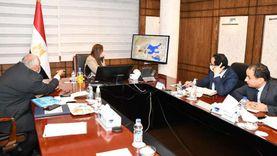 وزيرة التخطيط و«الزملوط» يناقشان عددا من المشروعات الاستثمارية