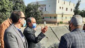 محافظ الإسماعيلية يطالب المزارعين بحماية الترع بعد تبطينها