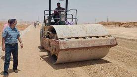 رئيس مدينة بدر يتابع مشروعات الطرق المؤدية لمحطات القطار الكهربائي