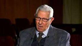 آخر حوار صحفي لـ مكرم محمد أحمد مع «الوطن».. «الكاتب الديموقراطي»