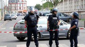 """الشرطة الفرنسية تعثر على """"ترسانة أسلحة"""" في سيارة"""