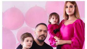 زوجة رامي عياش تكشف حالتها الصحية بعد إصابتها في انفجار لبنان