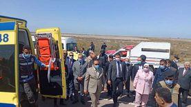 بينهم 12طفلا.. إصابة 14 شخصا في حادث انقلاب سيارة بالفيوم