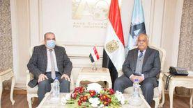 وزارتان و«العربية للتصنيع» يناقشون خطوات تنفيذ مصنع إطارات المركبات