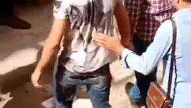 عاجل.. النيابة العامة تصطحب قاتل أبيه لتمثيل جريمته بالفيوم «صور»