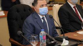 وزير الداخلية يتابع سير انتخابات الشيوخ من قطاع الأمن