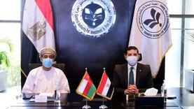 رئيس هيئة الاستثمار يعرض تجربة مصر في جذب الاستثمار الأجنبي على سفير عمان
