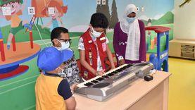 طفل يتبرع «بحصالته» ويغني لمرضى «شفاء الأورمان لسرطان الأطفال»
