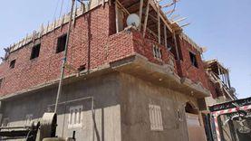 التحفظ علي معدات وأدوات بناء مخالف في مرسى مطروح
