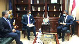 وزير الآثار يبحث سبل التعاون مع السفير الفرنسي وتطوير صان الحجر