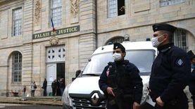 عاجل.. استهداف شرطي في هجوم بسكين جنوب باريس