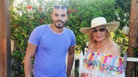 مصور سيشن نادية الجندي: التصوير كان بمارينا.. وفضلت ارتداء حذاء رياضي