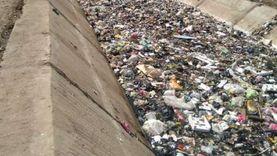 هاني يونس عن إلقاء القمامة في ترعة العزيزية: هو ده يصح يا مصريين؟