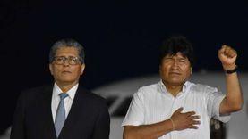 الرئيس البوليفي السابق يزور فنزويلا بعد فوز حزبه في الانتخابات العامة