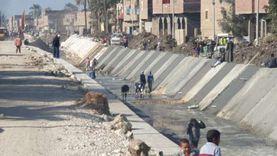«الري» تحيط الترع المبطنة بسور حديدي لحمايتها من القمامة