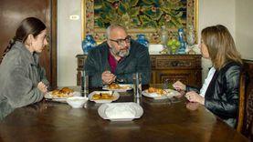 ملخص الحلقة الأولى من مسلسل خلي بالك من زيزي المعروض على MBC مصر
