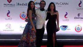 أحمد حلمي ومنى زكي وابنتهما على ريد كاربت القاهرة السينمائي