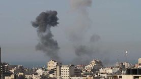 غارات جوية إسرائيلية وقصف مدفعي على قطاع غزة فجرا