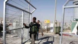 قوات الاحتلال الإسرائيلي تقتحم سجنا وترش الأسرى بالغاز