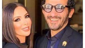 """أحمد حلمي يعلق على بوستر فيلم منى زكي: """"ليا كلام تاني مع اللي كتفك"""""""