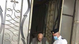 """أمن القاهرة يلبي استغاثة """"مسن"""" يرغب في الإدلاء بصوته في الشيوخ"""
