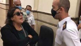 28 أكتوبر.. الحكم على سيدة المحكمة بتهمة التعدي على ضابط شرطة
