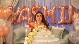 شريف مدكور يُهنئ ياسمين صبري بعيد ميلادها: حد يحتفل بالتورتة لوحده