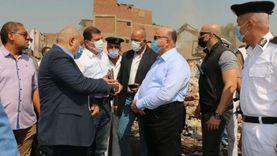 محافظ القاهرة يتفقد أعمال إزالة «عزبة أبوقرن» بمصر القديمة