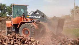إزالة 3 تعديات على الأراضي الزراعية بغرب الأقصر