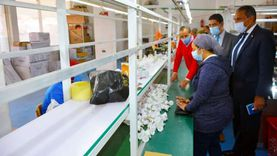 تدريب السيدات بمصنع لمبات الليد الموفرة في طور سيناء