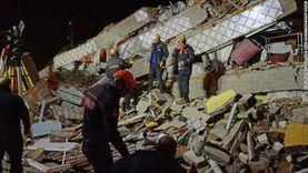 فيديو.. رعب في تركيا ومبان مدمرة خلال اللحظات الأولى للزلزال