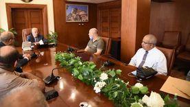 سكرتير عام بورسعيد يتفقد المرافق بمشروع الإسكان الاجتماعي في بور فؤاد