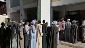 محافظ الأقصر يتفقد اللجان ويتابع عملية التصويت في مدينة إسنا