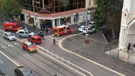 عاجل.. مصدر بالشرطة الفرنسية: قطع رأس امرأة في هجوم نيس