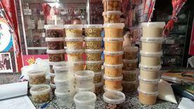 إعدام طن ونصف أغذية فاسدة في دمياط