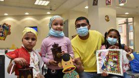 ارسم بسمة.. أطفال أكاديمية الجزيرة يوزعون فوانيس رمضان على مرضى الأورام