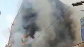 حريق يلتهم طابقين بعمارة سكنية في شبرا الخيمة