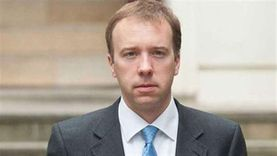 وزير الصحة البريطاني: وصلنا لنقطة حاسمة في مواجهة كورونا