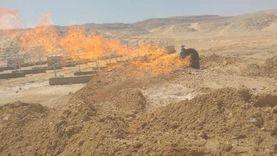 عاجل.. فريق من البترول يصل موقع حريق بئر مياه غرب جرجا
