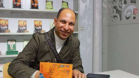 «أنبياء الجنوب».. ديوان جديد للشاعر هاني مهران في معرض الكتاب