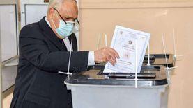 """رئيس """"العربية للتصنيع"""" يدلي بصوته في انتخابات مجلس الشيوخ"""