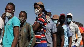 انخفاض معدل التطعيم اليومي ضد كورونا يضع جنوب أفريقيا في مأزق