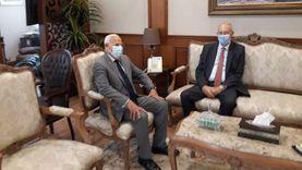"""محافظ بورسعيد يلتقي رئيس """"اقتصادية قناة السويس"""" لتعزيز التعاون"""