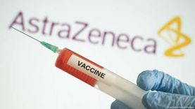 «سلامة تخزين وتعبئة».. تحاليل تخضع لها شحنة أسترازينيكا قبل طرحها للتطعيم