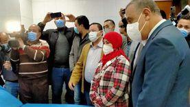 محافظ سوهاج يشهد تلقي أولى جرعات لقاح كورونا للأطقم الطبية بالمحافظة